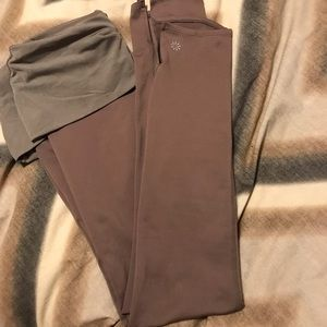 Athleta Pants - Athleta cropped leggings